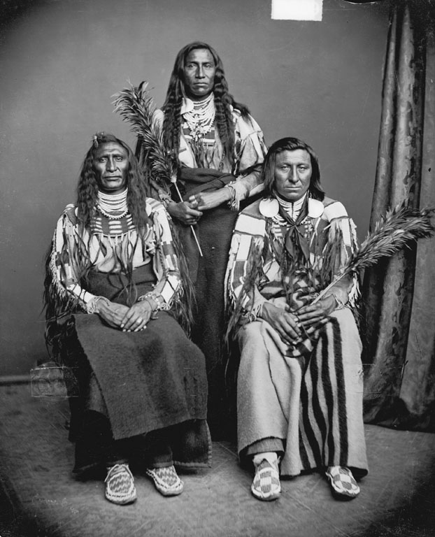 Mo-Mukh-Pi-Tche, Thin Belly, Leads The Old Dog - Crow - 1873
