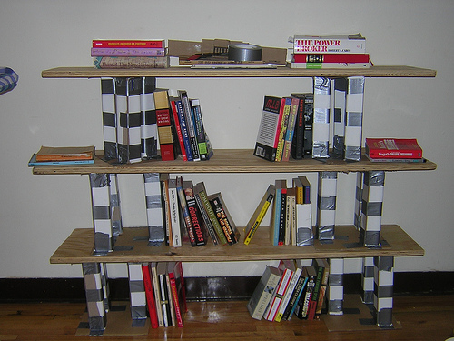 Duct tape can build a book shelf