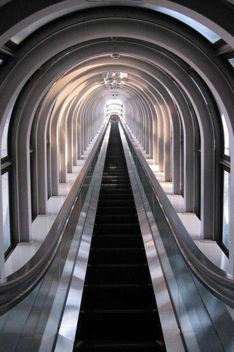 longest_escalator