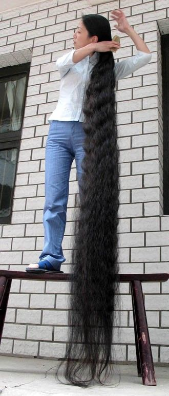 longest_female hair