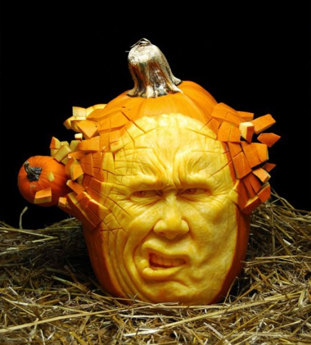 amazing pumpkin carving - Halloween Jack o Lantern