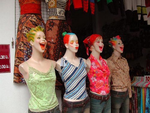 Funny Interesting Weird Random Pictures - crazy mannequins