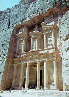 Petra-the amazing ancient city carved in the stones
