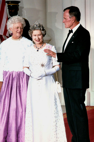 Her Majesty Queen Elizabeth II with President George H Bush