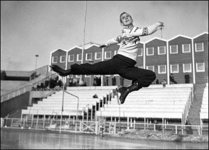 List o' 10 Great Winter Olympics Moments  - Dick Button 1952 Oslo
