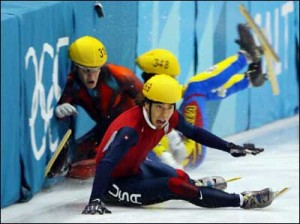 List o' 10 Great Winter Olympics Moments  - Steven Bradbury-2