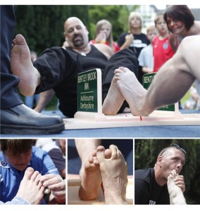 List of Bizarre Championships: Toe wrestling