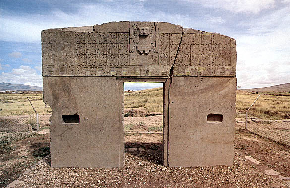 Tiahuanaco arch - Gate of the Sun