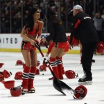 List o' Top 10 Things Thrown on the Ice (Hockey)
