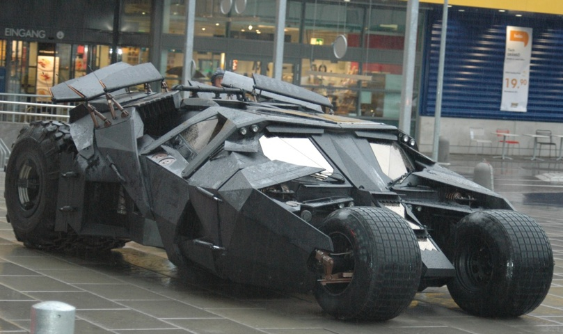 Dark Knight Batmobile_Tumbler