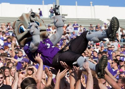 List o' Top Ten Very Odd College Mascots - Super Frog the Horned Frog - Texas Christian University