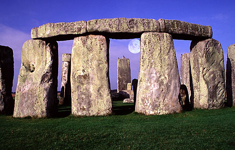 List of Top Ten Mysterious Archeological Discoveries - Stonehenge