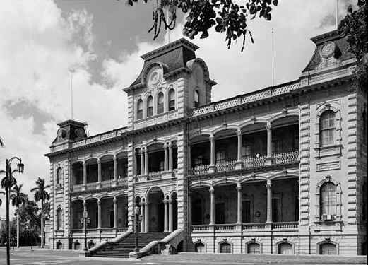 list of top ten grand castles of America - Iolani Palace