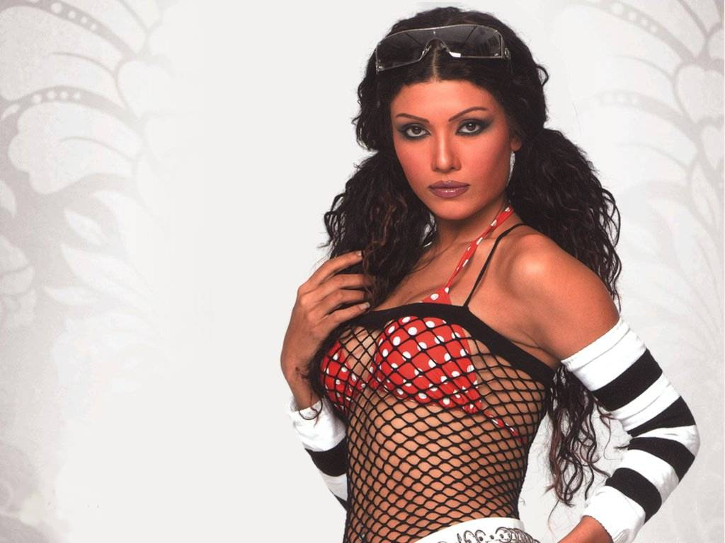 list of top ten sexiest bollywood babes - koena-mitra