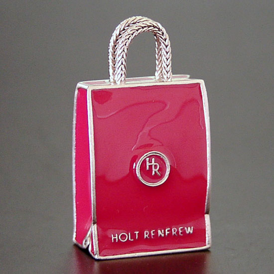 List 0' Top Souvenirs From Your Canadian Holiday - Holt Renfrew shopping bag