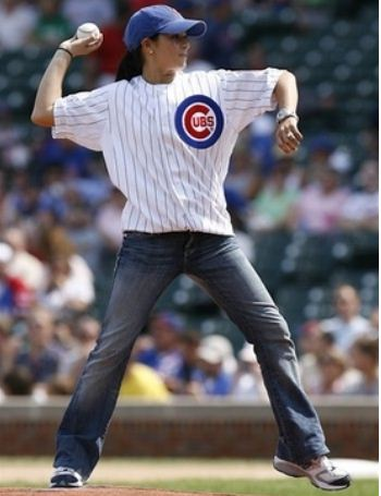 Sexiest Celebrity First Pitches In MLB Baseball History-Danica Patrick