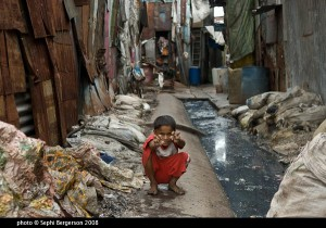 List o' Top Ten Dark Tourism Destinations_dharavi_slum