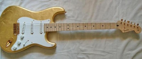 Eric-Clapton-Gold-Leaf-Stratocaster