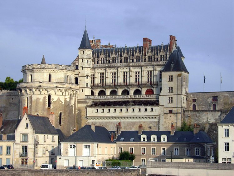 List of Ten Homes and Keepers of the Mona Lisa Before the Louvre-top ten list-chateau-amboise France